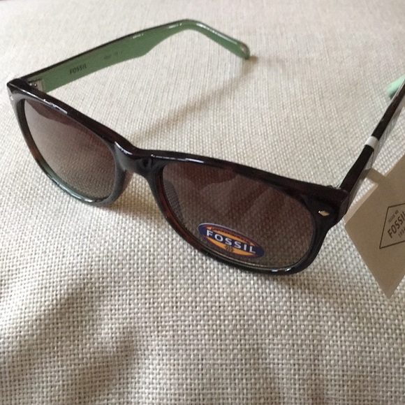 c3a4fdc4b59d NWT Fossil Tortoise Shell   Mint Green Glasses